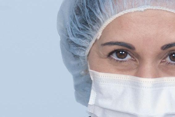 javier-sanz-acha-medico-dentista-san-sebastian-donostia-consulta-pescadores_terranova-equipo_quirurgico-2